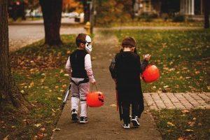 3376-children_Halloween-1296×728-header
